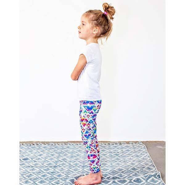 3c9215dc14 Gyermek leggings - Geo mintás- (3-5éves) 104-116-es méret - PATENT DUO